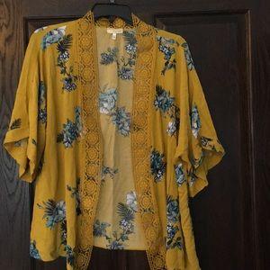 Tops - Mustard short sleeve kimono